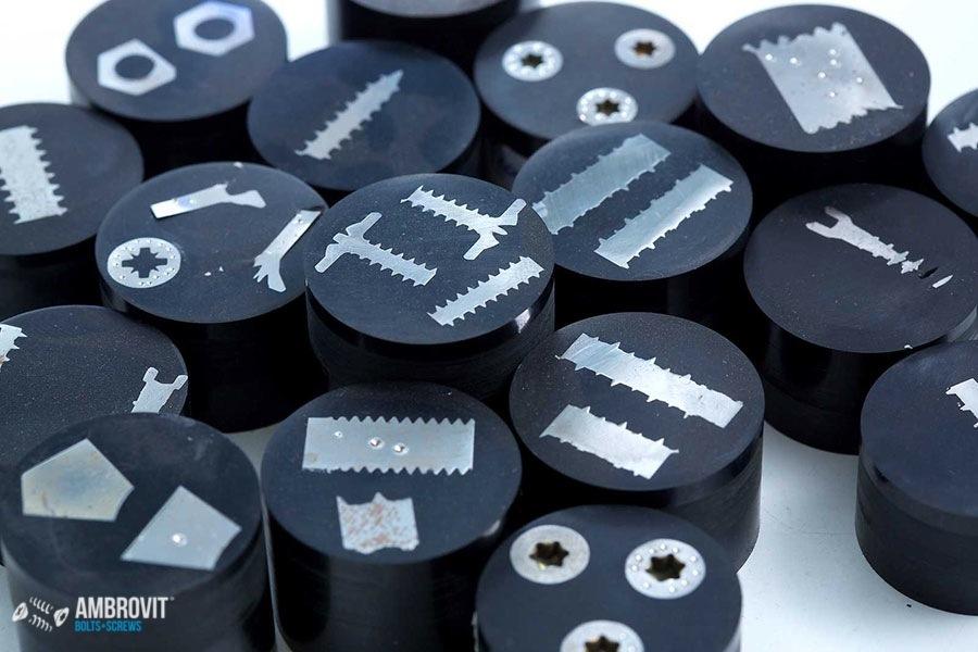 ambrovit-produzione-viti-bulloni-laboratorio-05