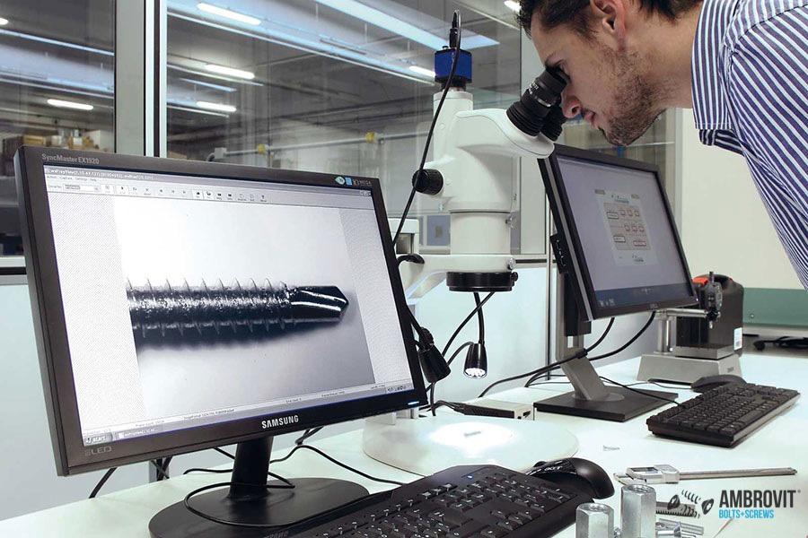 ambrovit-produzione-viti-bulloni-laboratorio-07